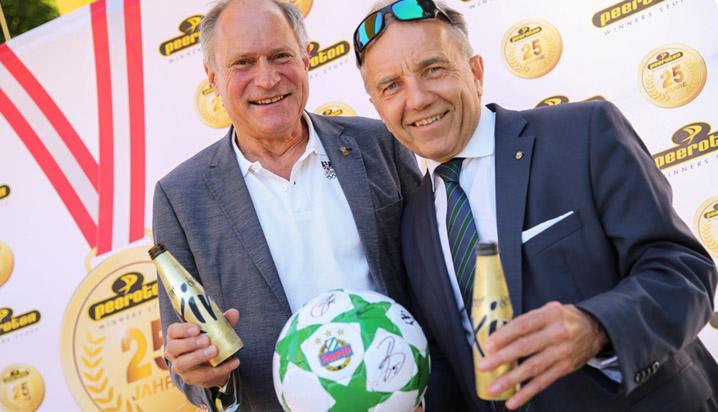 Slider-Mobile-Charity-Dank-Dir-25-Jahre-peeroton-Mennel-und-Kuhn